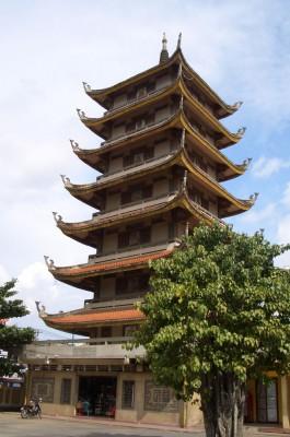 Императорская пагода в Хошимине. Вьетнам