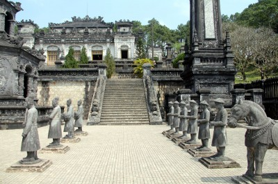 Tomb in Hue_Vietnam