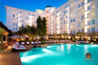 Park Hyatt Saigon hotel facilities swimming pool